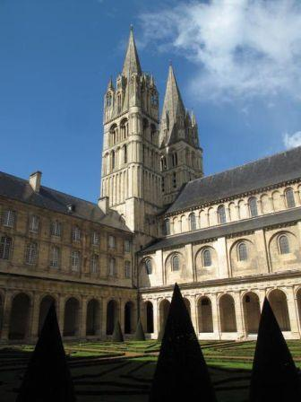 CAEN ,Abbaye-aux-hommes
