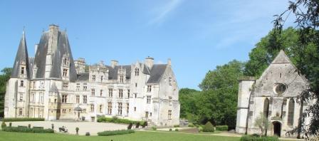 Fontaine-Henry Logis et chapelle