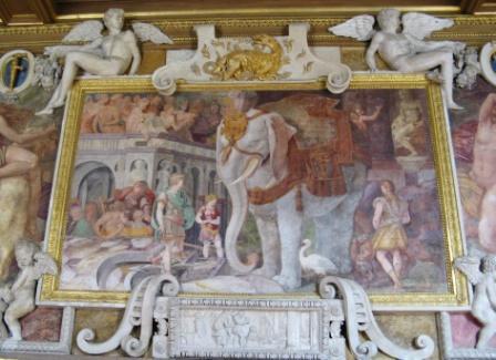 """Fontainebleau , galerie François Ier, """"L'éléphant royal"""""""