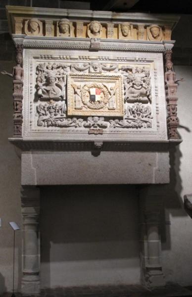 Château de Vitré, cheminée Renaissance Lucas Royer