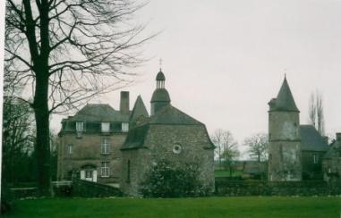 château de La Haye- Saint-Hilaire